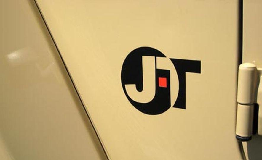 Jeep JT concept - Slide 14