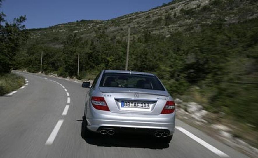 2008 Mercedes-Benz C63 AMG  - Slide 10