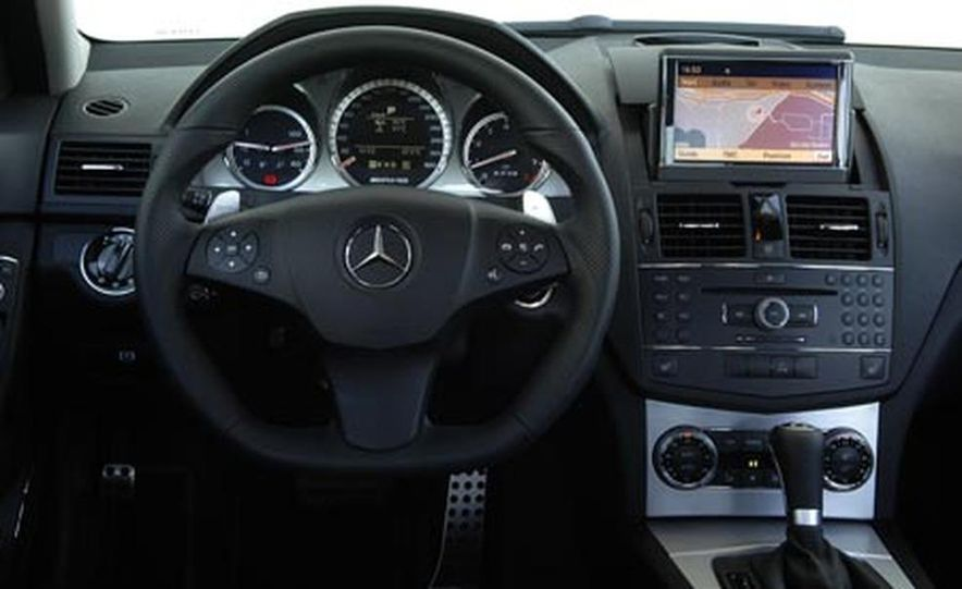 2008 Mercedes-Benz C63 AMG  - Slide 16