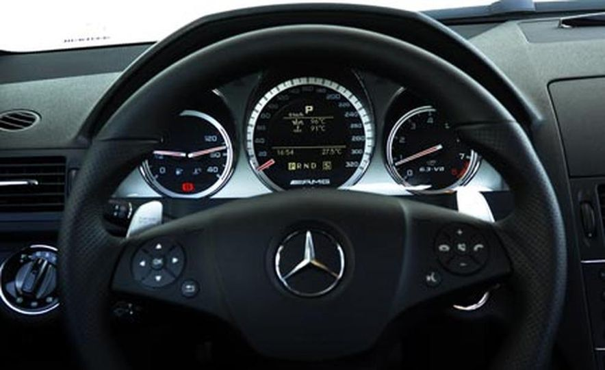 2008 Mercedes-Benz C63 AMG  - Slide 20