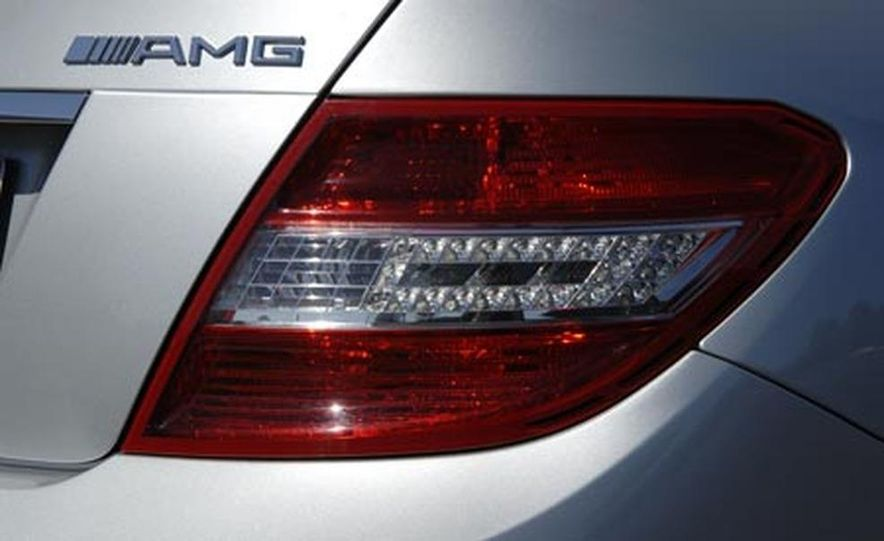2008 Mercedes-Benz C63 AMG  - Slide 21