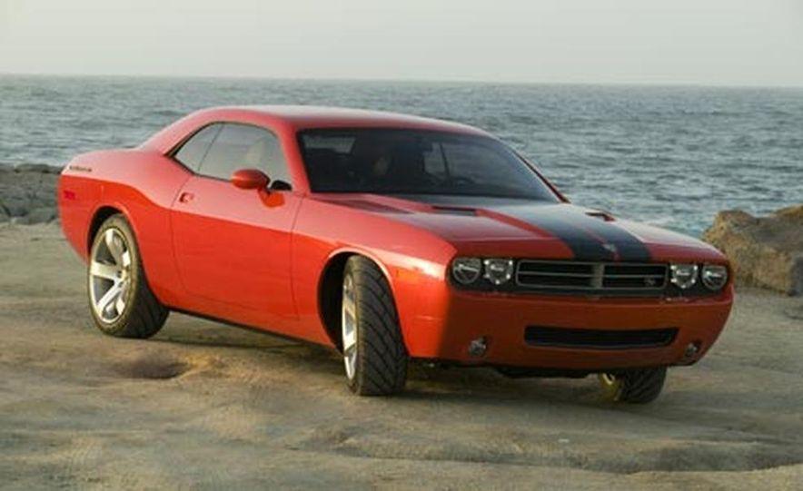 Dodge Challenger - Slide 3