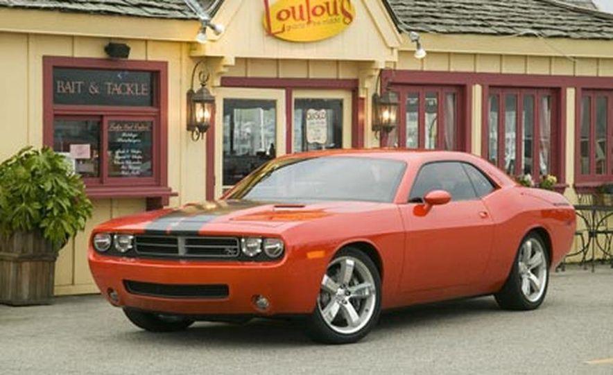 Dodge Challenger - Slide 7