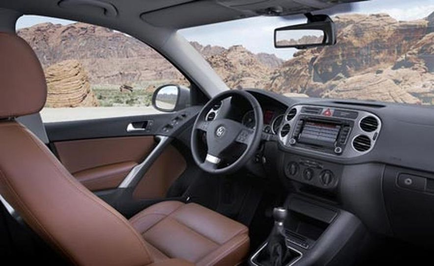 2009 Volkswagen Tiguan - Slide 26