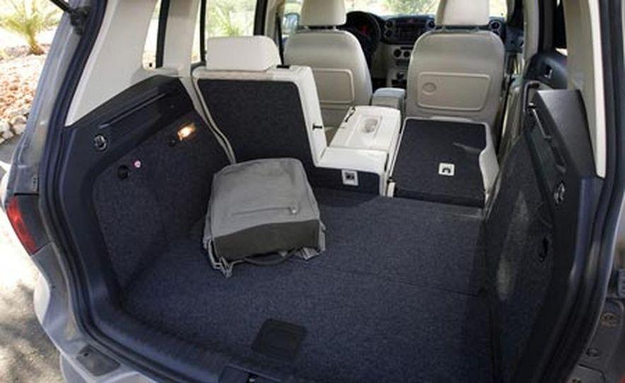 2009 Volkswagen Tiguan - Slide 24
