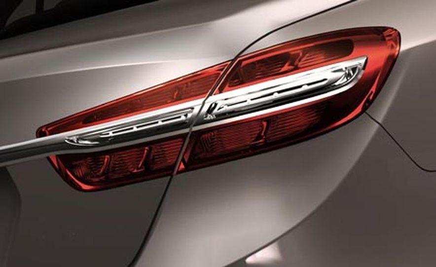 Hyundai Genesis - Slide 18