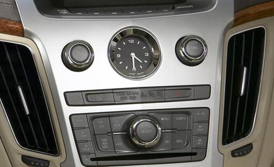 2008 Cadillac CTS - Slide 9
