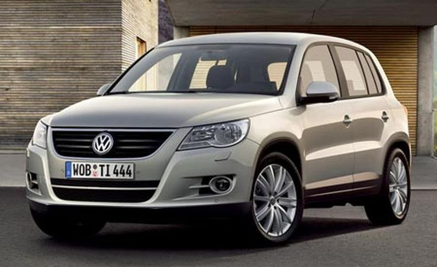 2009 Volkswagen Tiguan - Slide 2