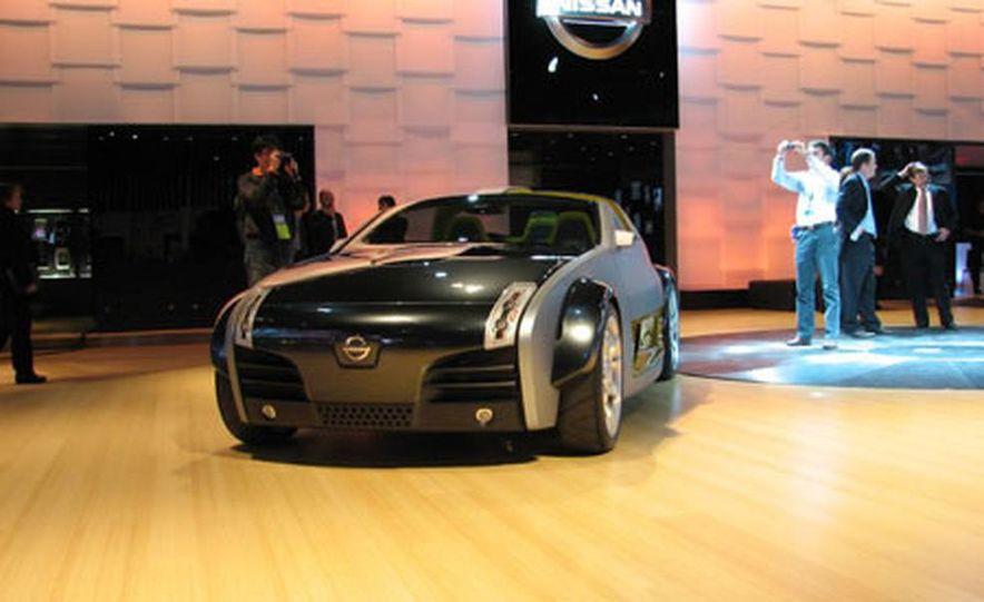 Nissan Urge Concept - Slide 2