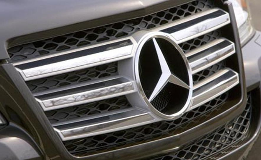 2008 Mercedes-Benz GL550 - Slide 12