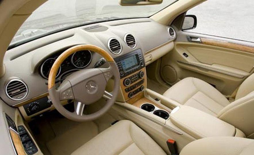 2008 Mercedes-Benz GL550 - Slide 13