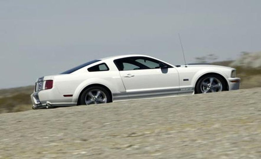 2008 Ford Mustang Shelby GT convertible - Slide 10