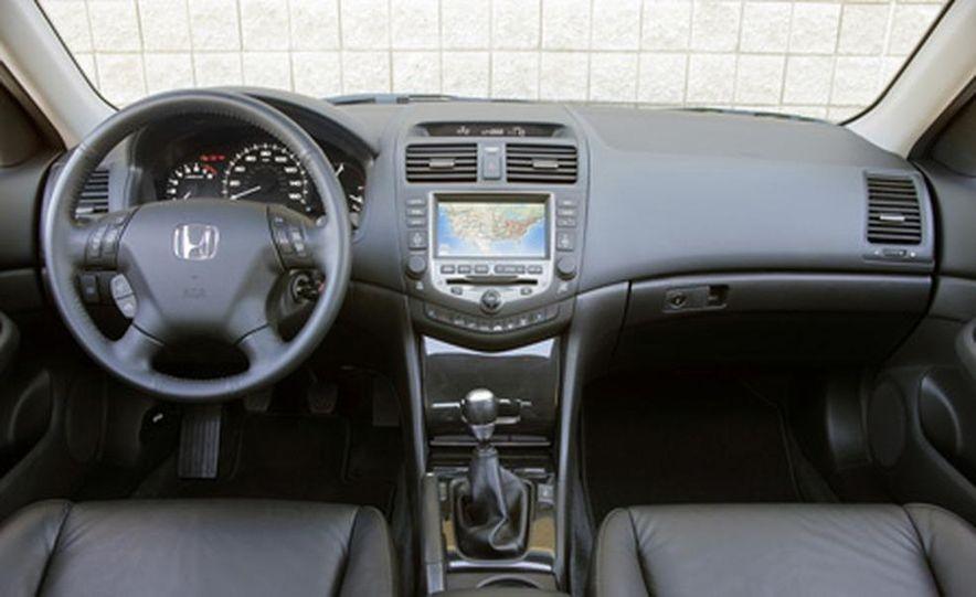 2007 Honda Accord sedan - Slide 11