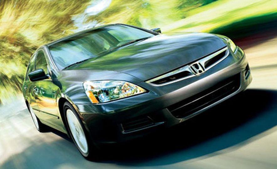 2007 Honda Accord sedan - Slide 10