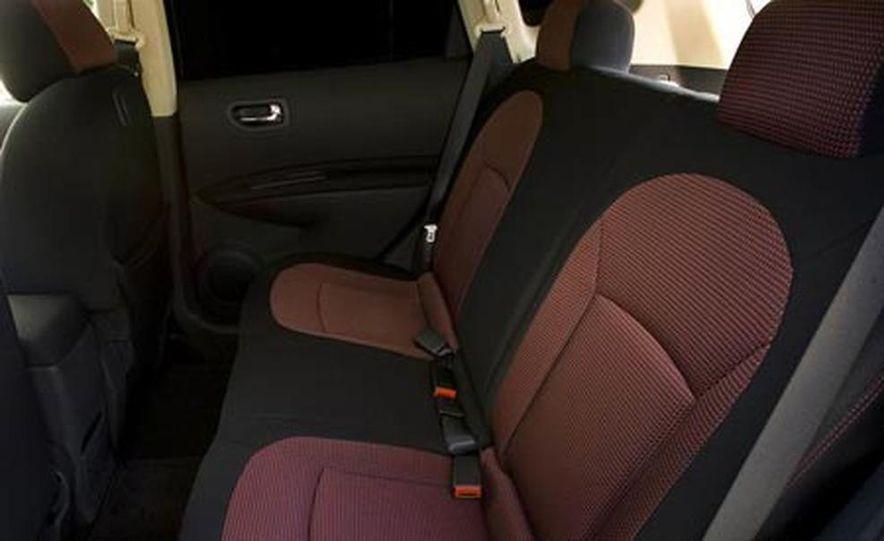 2008 Nissan Qashqai - Slide 14