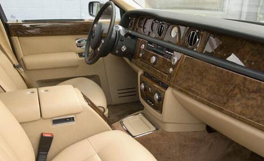 2007 Rolls-Royce Phantom Silver - Slide 14