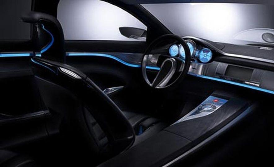 2009 Jaguar XKR - Slide 12