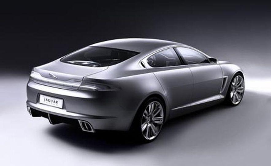 2009 Jaguar XKR - Slide 10
