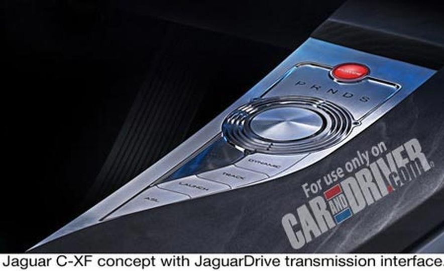 2009 Jaguar XKR - Slide 2