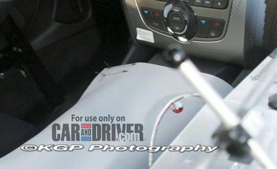 2009 Jaguar XKR - Slide 5