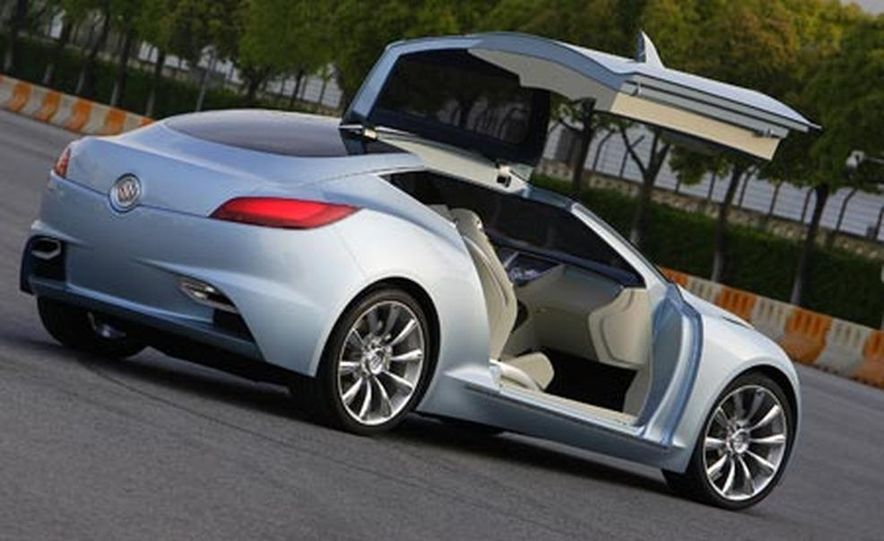 Buick Riviera concept - Slide 19