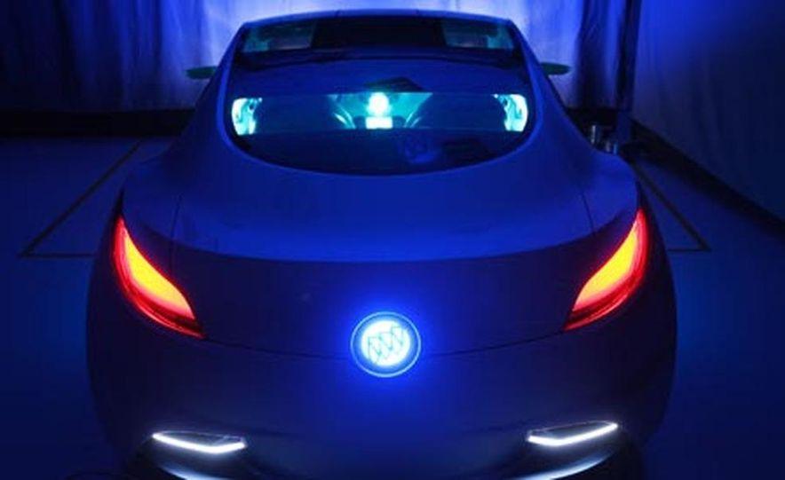Buick Riviera concept - Slide 20