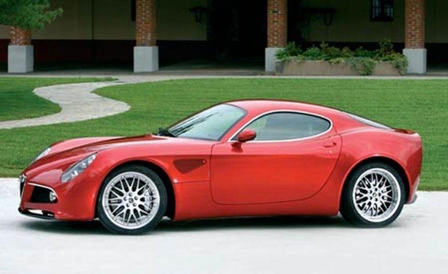 2009 Alfa Romeo 8C Competizione - Slide 1