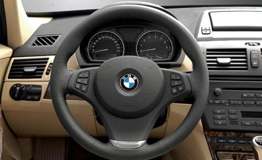 2007 BMW X3 3.0si - Slide 12