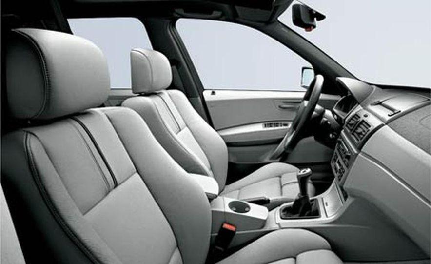 2007 BMW X3 3.0si - Slide 13