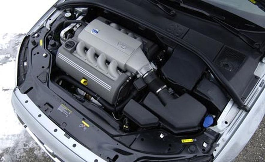 2007 Volvo S80 AWD - Slide 10