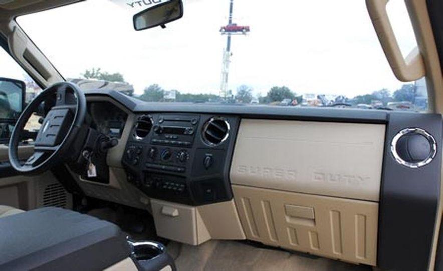2009 Ford F-150 - Slide 14