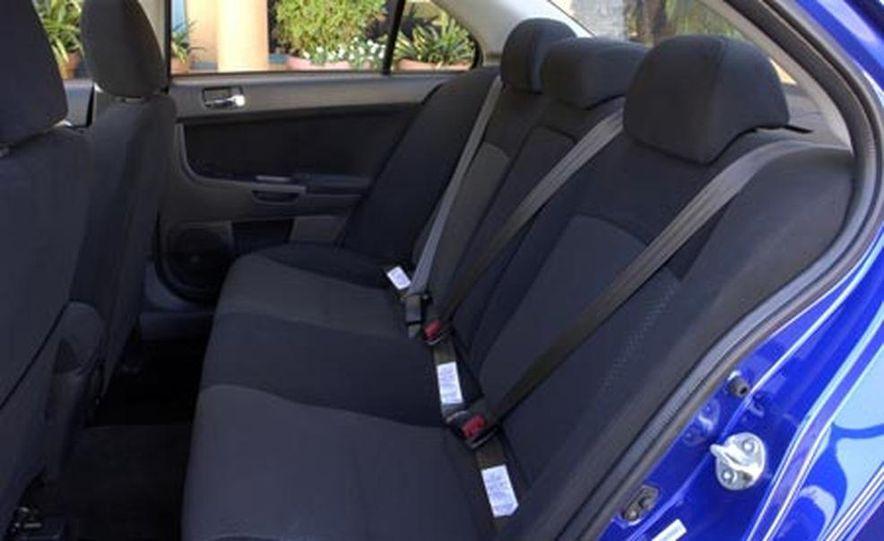 2008 Mitsubishi Lancer - Slide 9