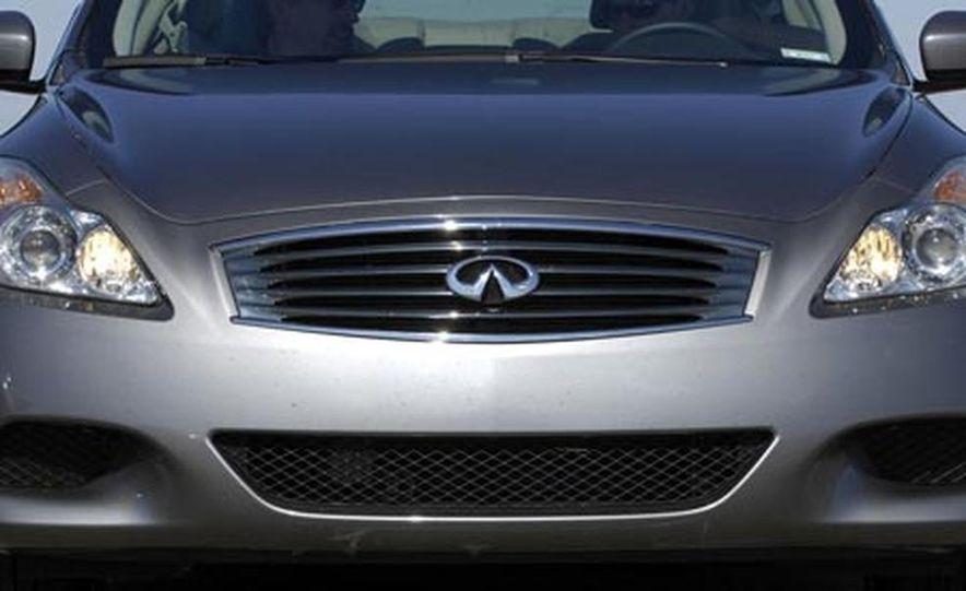 2008 Infiniti G37 coupe - Slide 2
