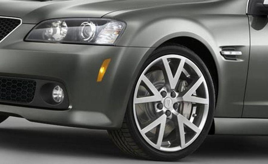 2008 Pontiac G8 GT - Slide 1