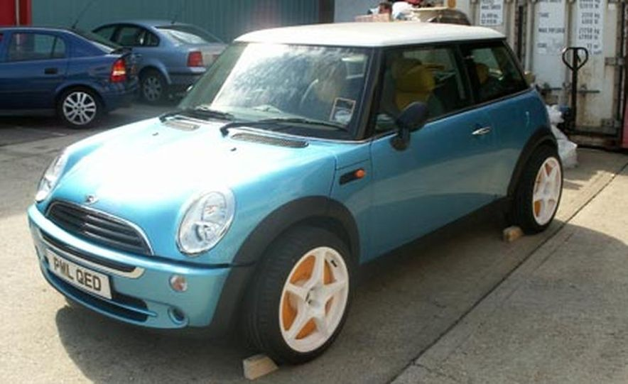 PML Flightlink Electric Mini Cooper - Slide 1