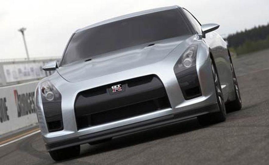 2009 Nissan Skyline GT-R Proto concept - Slide 1