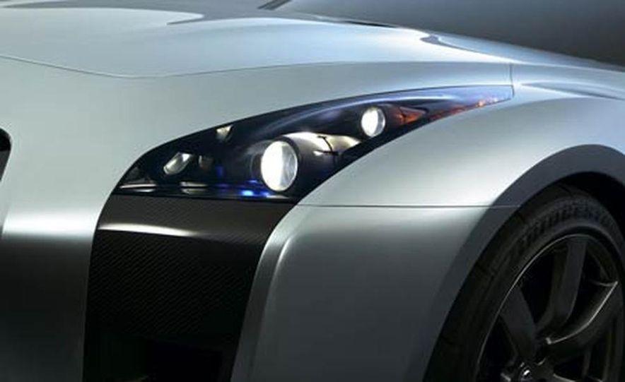 2009 Nissan Skyline GT-R Proto concept - Slide 10
