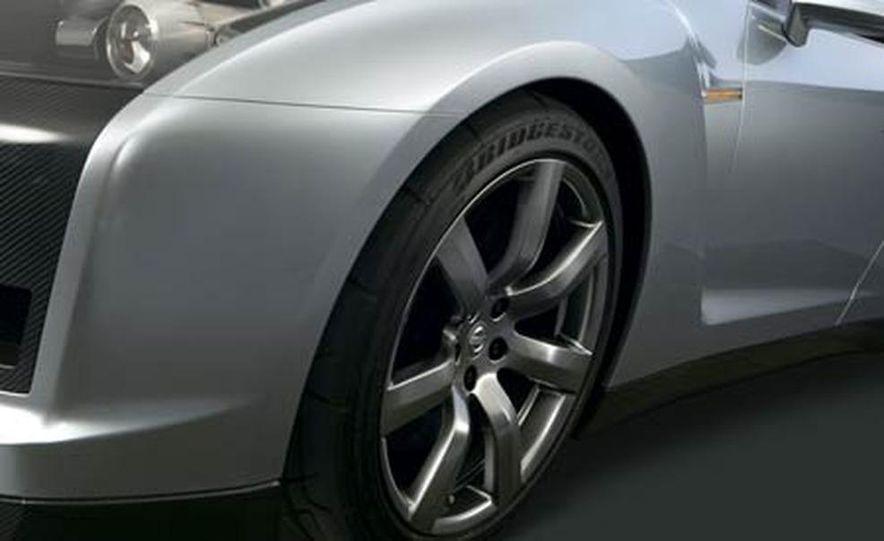 2009 Nissan Skyline GT-R Proto concept - Slide 12