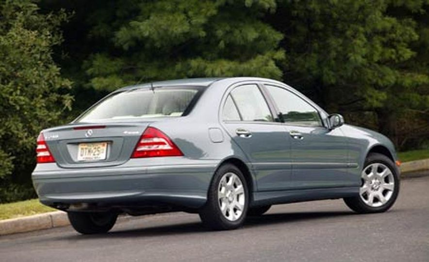 2008 Mercedes-Benz C-class sedan - Slide 12