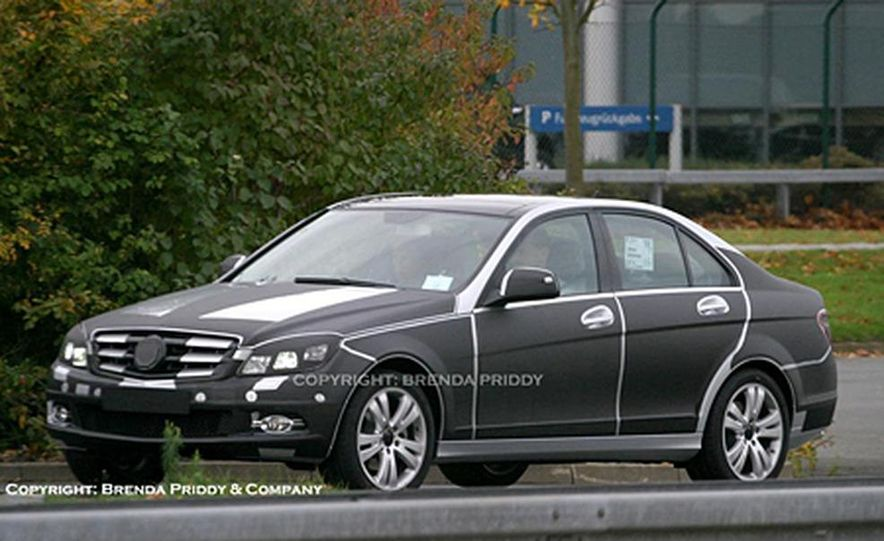 2008 Mercedes-Benz C-class sedan - Slide 4
