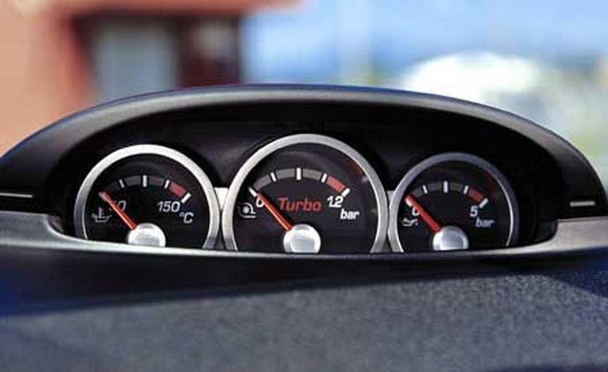 Ford Focus RS - Slide 16