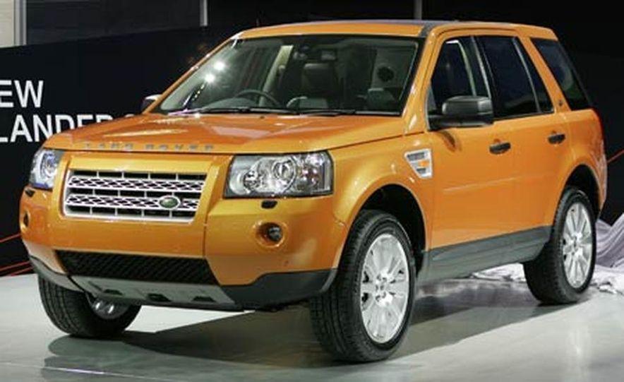 2008 Land Rover LR2 - Slide 1