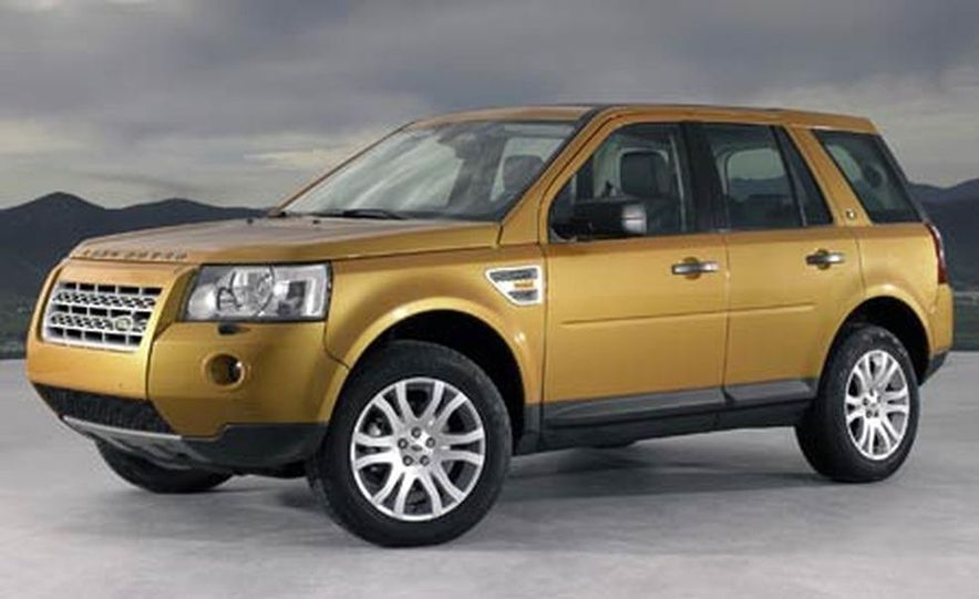 2008 Land Rover LR2 - Slide 6