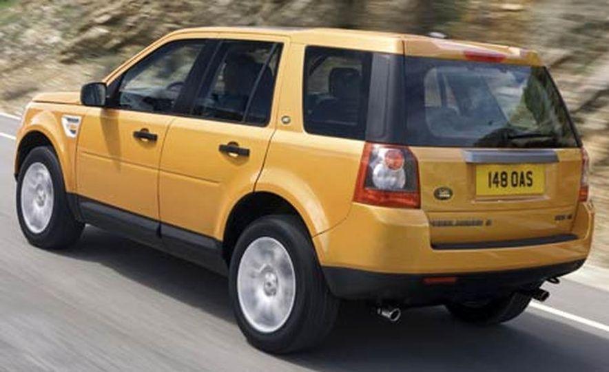 2008 Land Rover LR2 - Slide 7