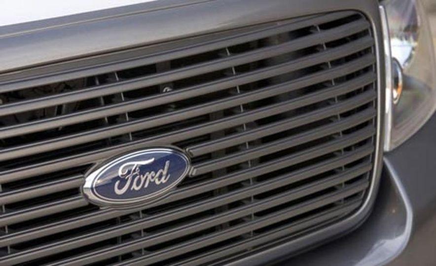 2007 Ford F-150 FX2 Sport - Slide 9