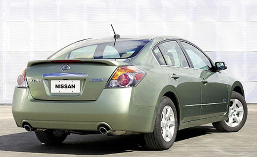 2007 Nissan Altima hybrid - Slide 3