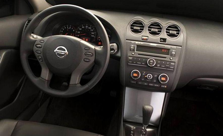 2007 Nissan Altima hybrid - Slide 13