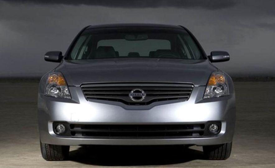 2007 Nissan Altima hybrid - Slide 4