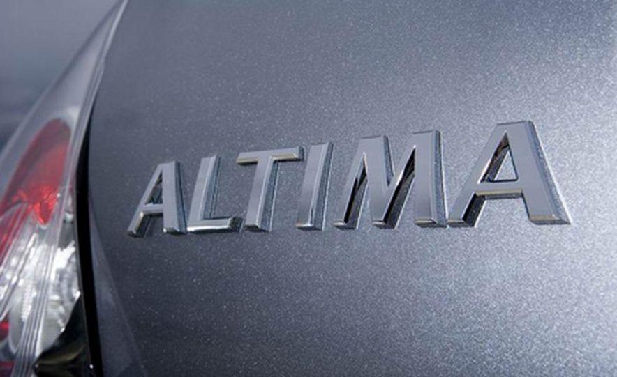 2007 Nissan Altima hybrid - Slide 18
