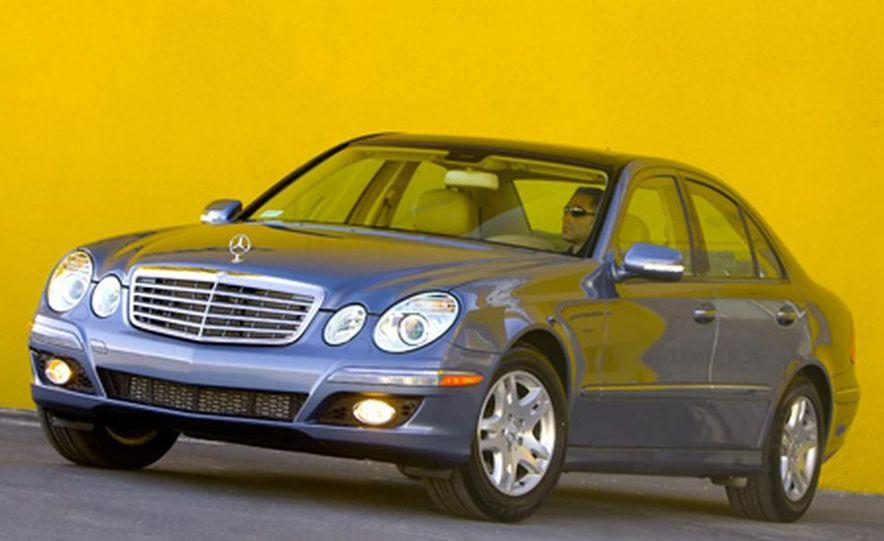 2007 Mercedes-Benz E320 BlueTec - Slide 1